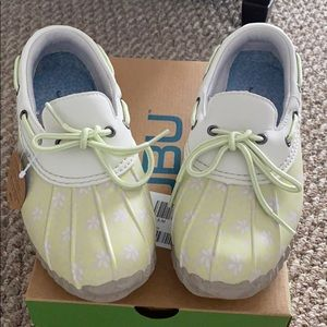 NWT JBU Gwen Garden Ready Duck Shoes